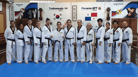 Read more about the article Gran Maestro de Taekwondo Joel Leon